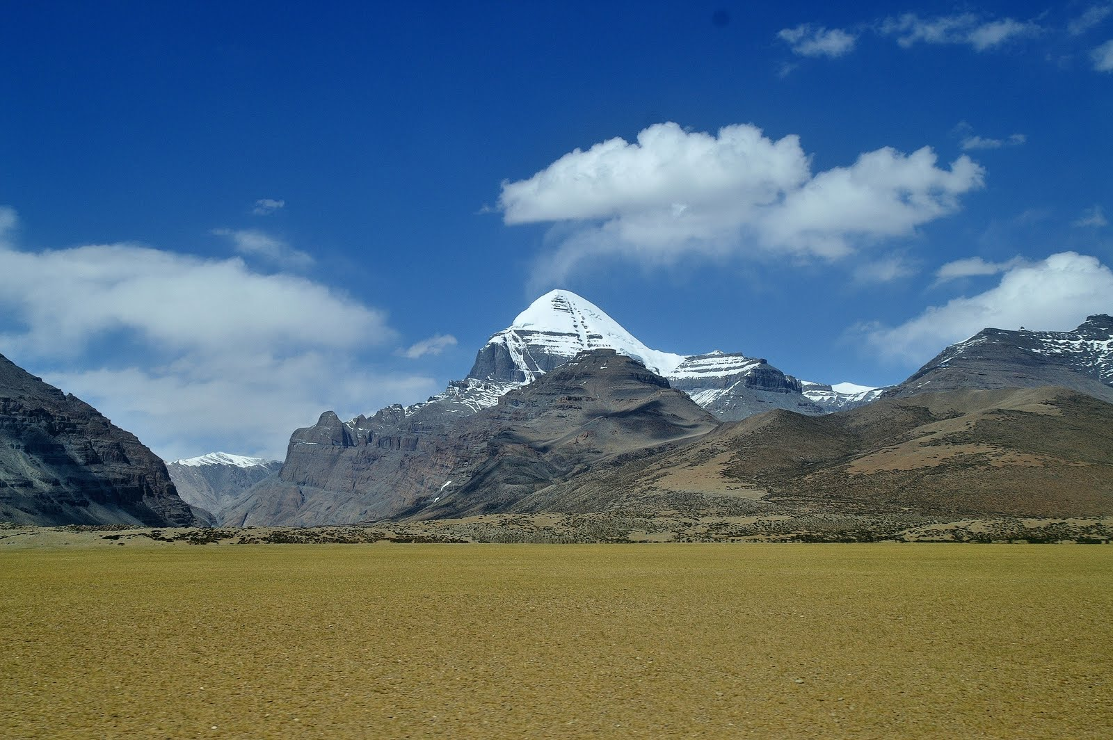 Kailash Mansarovar via Lhasa (By Land)
